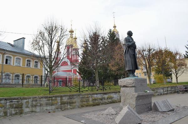 Тамбов. Памятник Рахманинову