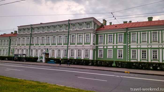 васильевский остров академия наук