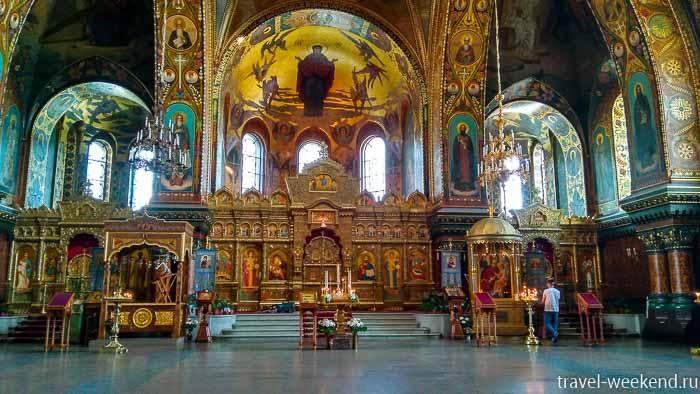 васильевский остров успенский собор